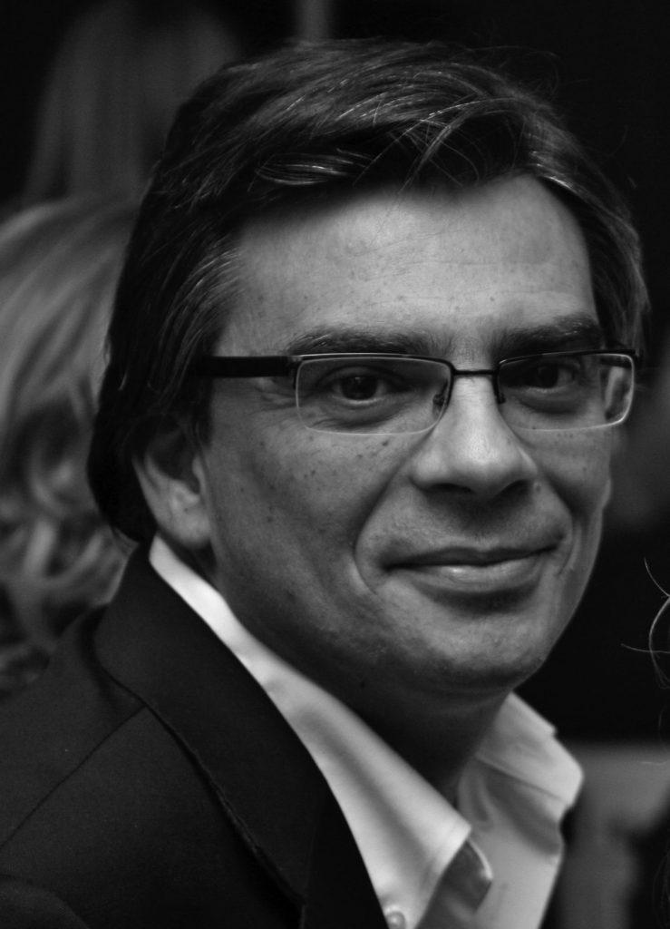 Mário Sequeira Santos - Autor EE