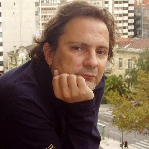 Victor Eustáquio - Autor EE